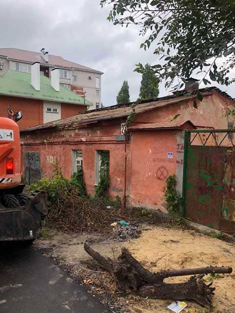 odnoetazhnyy-dom-iz-kirpicha-pered-snosom-voronezh-ulica-ertelya-dom-23